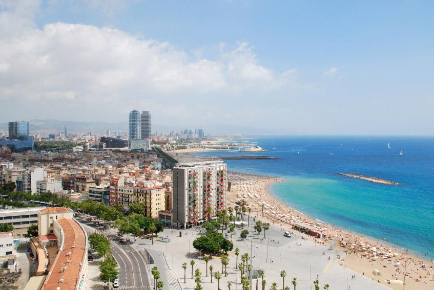 playas en espana cerca de barcelona